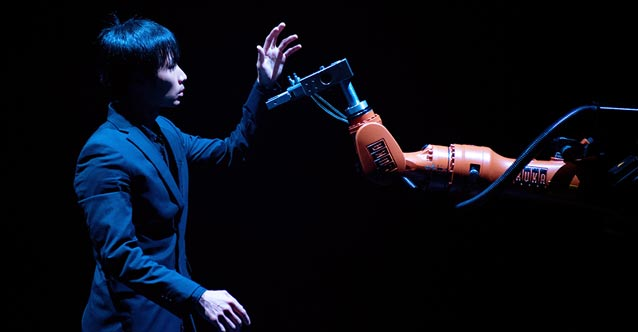 A Duet of Human and Robot